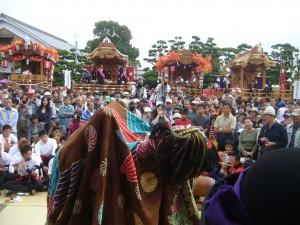 神楽獅子舞の奉納 @ お旅所 渡神殿 | 姫路市 | 兵庫県 | 日本